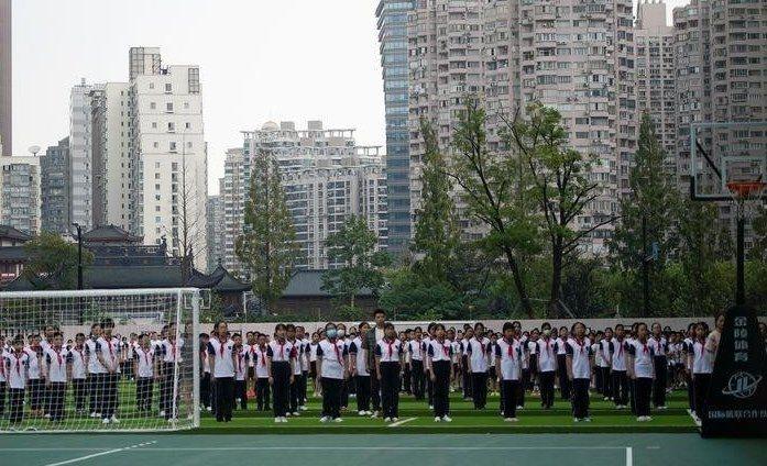 В Китае принят закон о снижении нагрузки на учащихся при выполнении домашних заданий